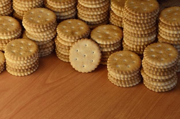 Biscoitos salgados redondos clássicos