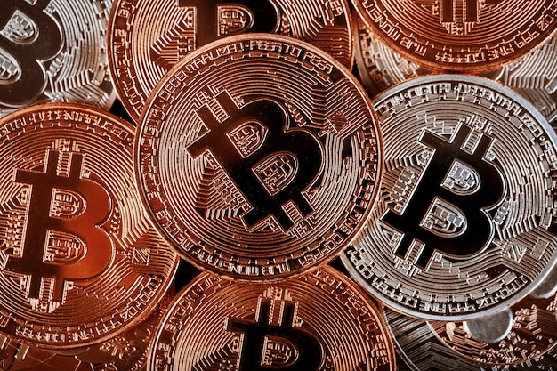 Bitcoin cryptocurrency pile background bitcoin é uma nova moeda