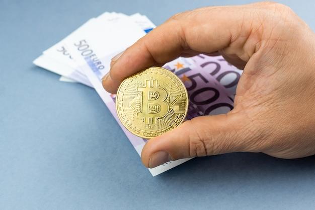 Bitcoin e dinheiro, moeda