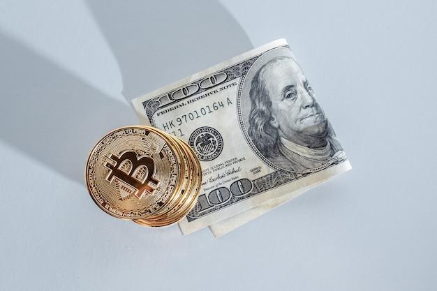Bitcoin e dólares, a nova moeda do futuro, fotos de alta qualidade