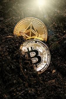 Bitcoin e ethereum competem pelo primeiro lugar na mineração de criptomoedas.
