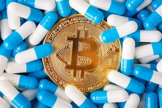 Bitcoin entre cápsulas médicas