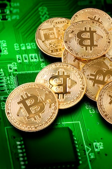 Bitcoin. produção de conceito de criptomoeda, criptografia de mineração.