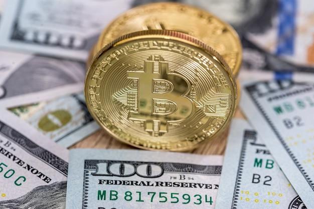 Bitcoins são colocados em dólares. fechar-se
