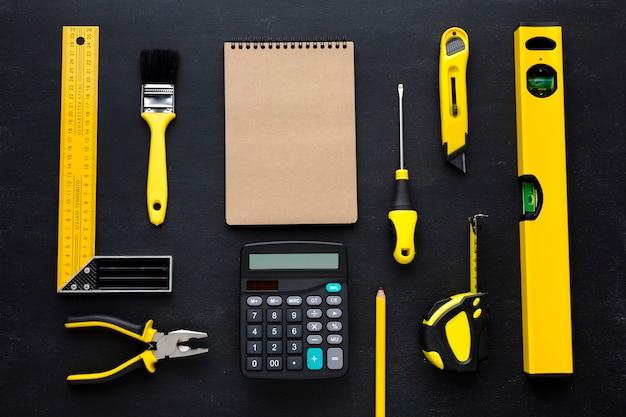 Bloco de notas e calculadora com espaço de cópia