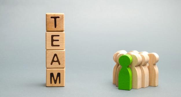 Blocos de madeira com a palavra team