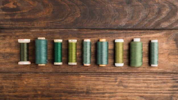 Bobinas de fio de costura