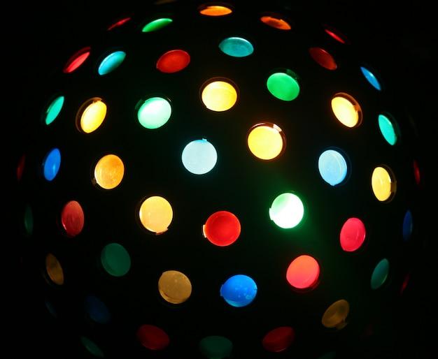Bola de discoteca colorida