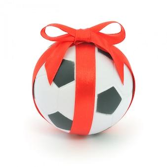 Bola de futebol com fita isolada.