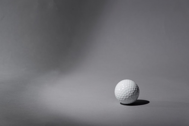 Bola de golfe de alto ângulo