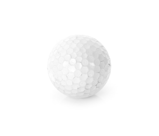 Bola de golfe isolada no fundo branco.