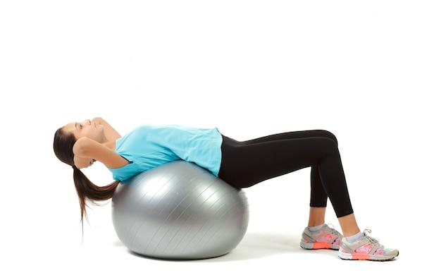 Bola de mulher e pilates de fitness