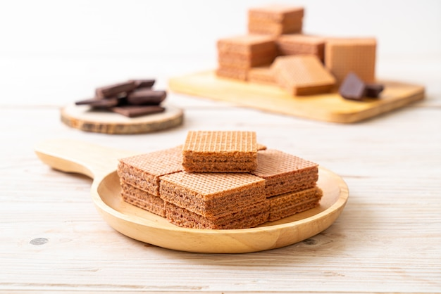 Bolachas de chocolate com creme de chocolate