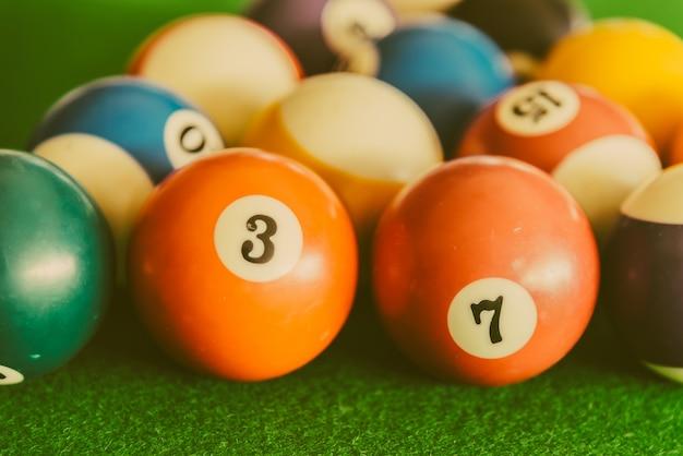 Bolas coloridas de piscina