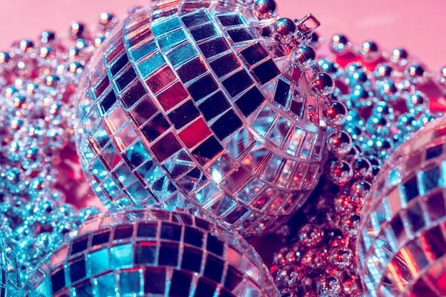 Bolas de discoteca para decoração de uma festa