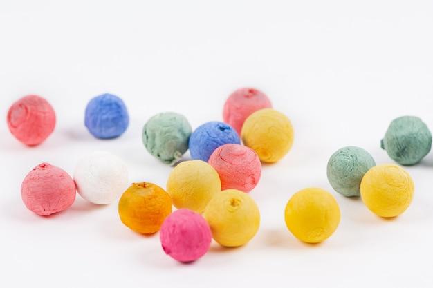 Bolas de isopor coloridas bolas decorativas com esferas de poliestireno