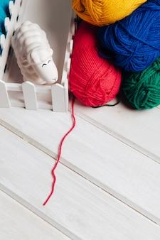 Bolas de lã em várias cores
