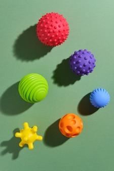 Bolas táteis ou sensoriais para melhorar os processos cognitivos e físicos das crianças