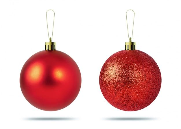 Bolas vermelhas do natal isoladas no fundo branco. decoração de natal.