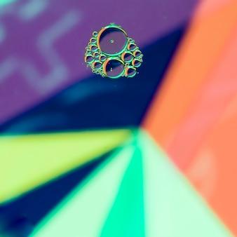 Bolhas no fundo do arco-íris