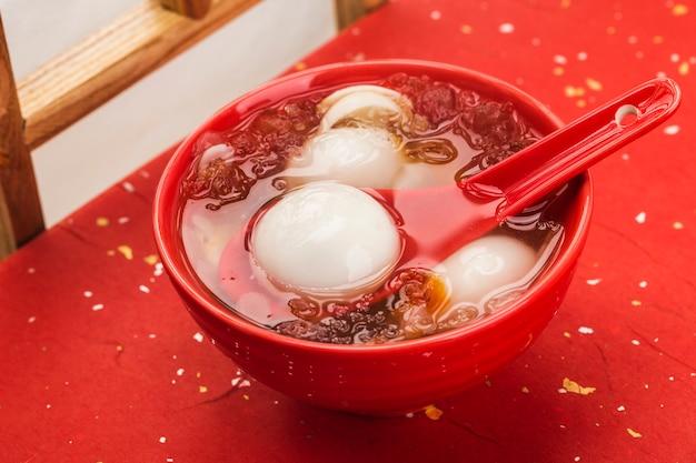 Bolinho de arroz doce chinês tradicional