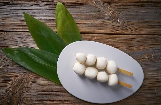 Bolinhos de arroz glutinoso asiáticos vietnamita