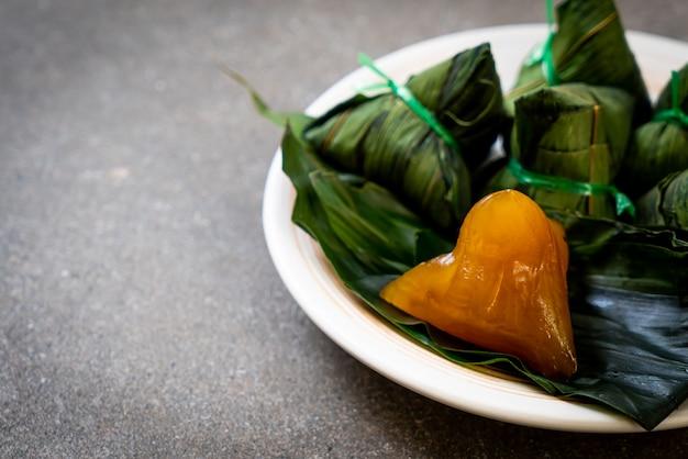 Bolinhos de arroz pegajoso chinês tradicional