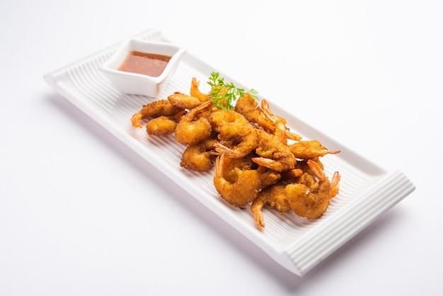 Bolinhos de camarão ou bajji de camarão ou jheenga pakodaãƒâƒã'â'ãƒâ'ã'â ou kolambi ou zinga pakora, petiscos indianos