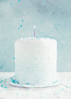 Bolo de aniversário de cor pastel