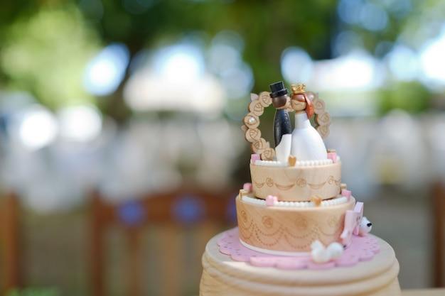 Bolo de boneca de casamento