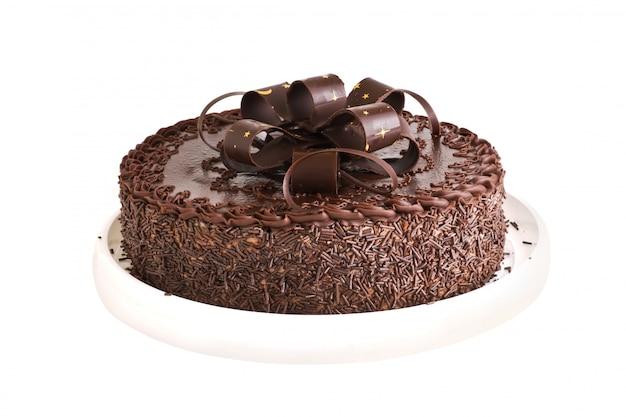 Bolo de chocolate isolado no fundo branco