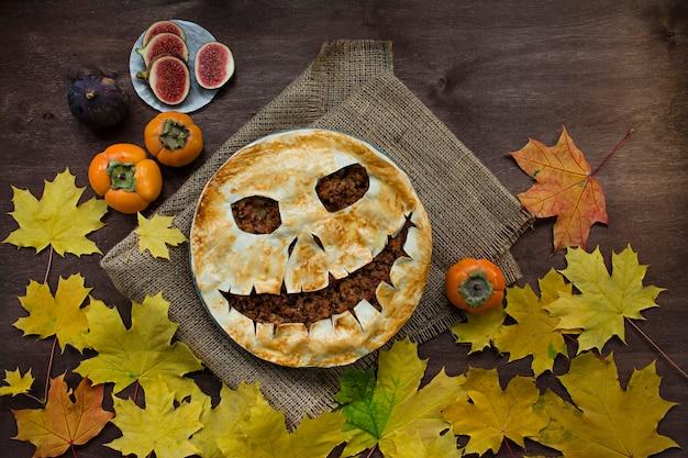 Bolo de halloween. bolos caseiros de halloween. alimento para o halloween.