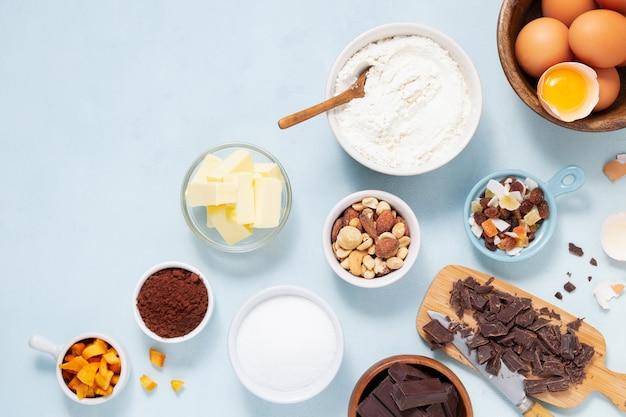 Bolo de receita de preparação de massa, brownie, muffins, cupcakes ingridients, comida plana leigos