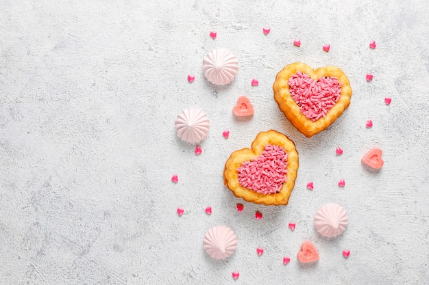 Bolos em forma de coração para o dia dos namorados.