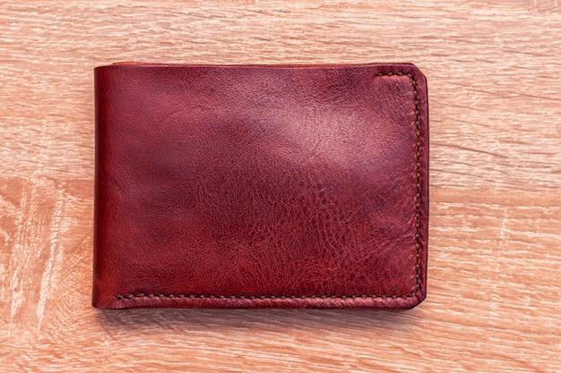 Bolsa artesanal de couro com carteira de couro natural de grão integral bifold