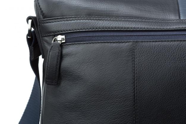 Bolsa de couro moda masculina isolada
