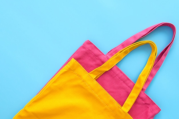 Bolsa de lona ou pano feita de materiais naturais
