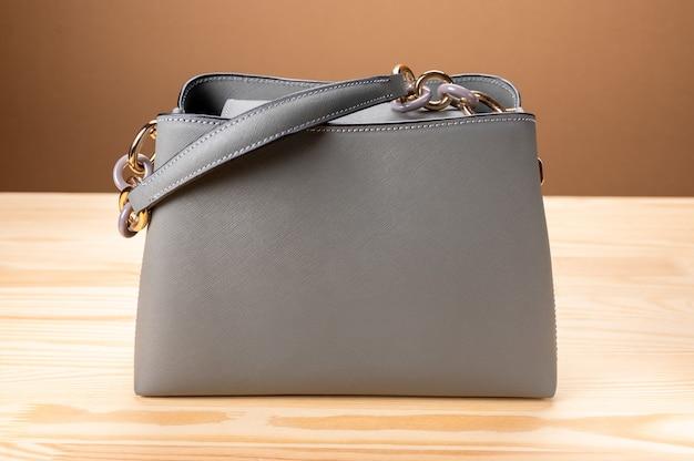 Bolsa de mulheres da moda. bela elegância e bolsa feminina da moda de luxo.