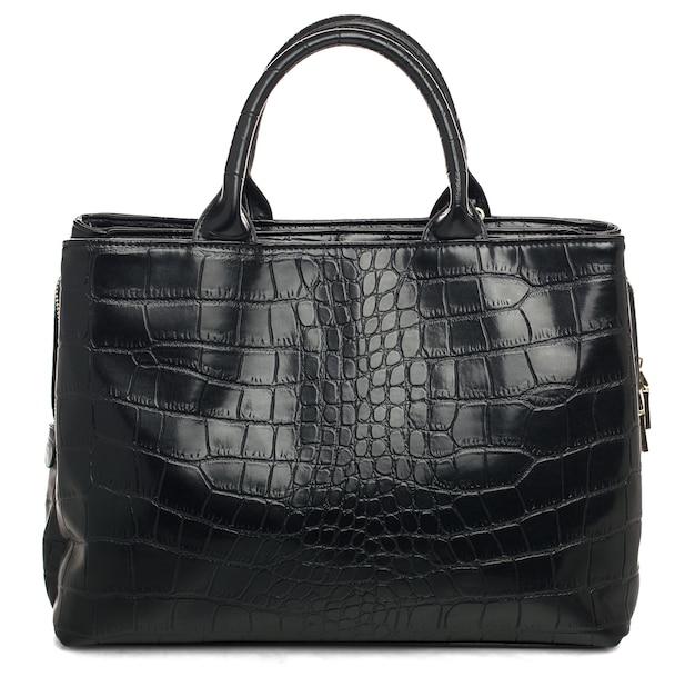 Bolsa feminina preta sobre fundo branco bolsa de couro glamourosa com estampa riptil