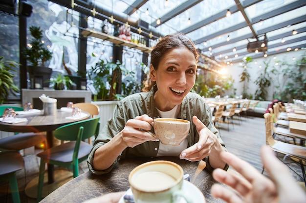 Bom tempo no café