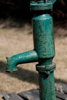 Bomba de água na praia de winnipeg, manitoba, canadá