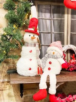 Bonecos de neve na loja