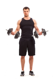 Bonitão muscular malhando