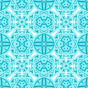 Bordado geométrico branco azul