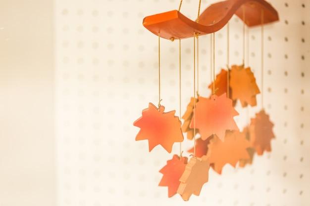 Bordo de outono maple folhas de madeira