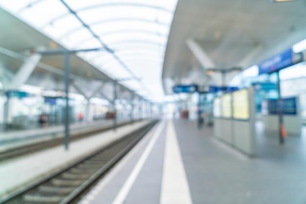 Borrão abstrata na estação de trem
