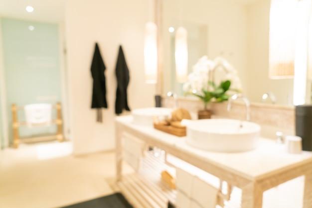 Borrão abstrato banheiro luxuoso em hotel resort