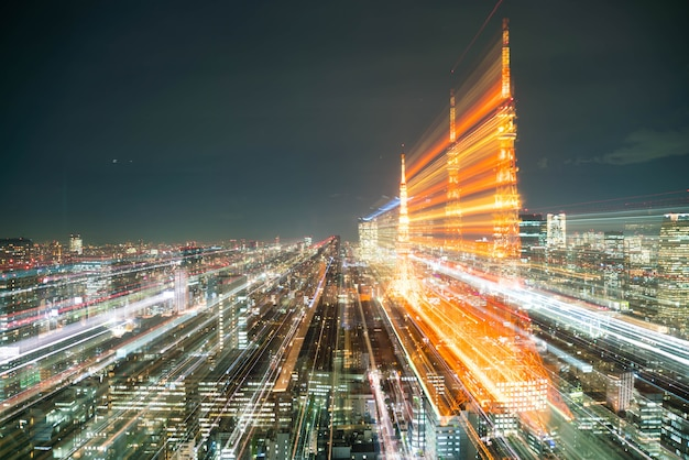 Borrão do horizonte da cidade de tóquio à noite