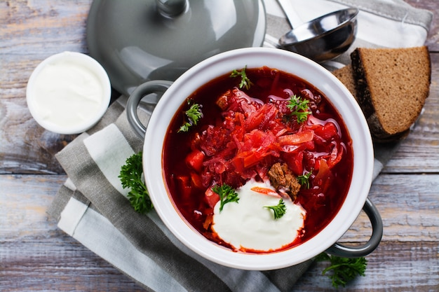 Borsch ucraniano tradicional sopa de beterraba