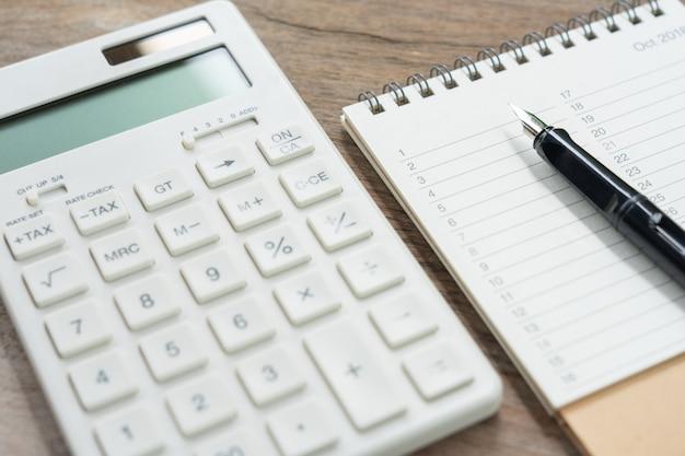 Botão tax do teclado para cálculo de impostos.